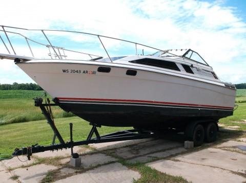 1984 Bayliner Cierra Cabin Cruiser 27ft Boat w/Trailer for sale