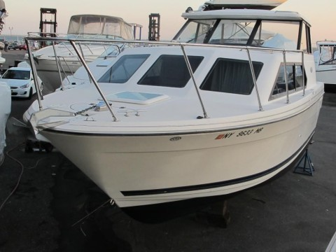 2004 Bayliner Classic Cruiser 289 for sale