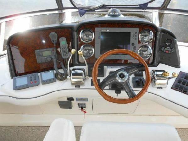 2005 Sea Ray 420 Sedan Bridge