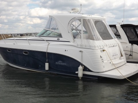 2006 Rinker 360 Express Cruiser for sale