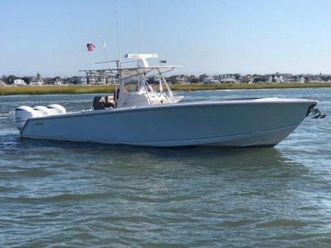 2010 Jupiter 38′ Center Console Boat Triple Yamaha 350's 60+ MPH New Interior for sale