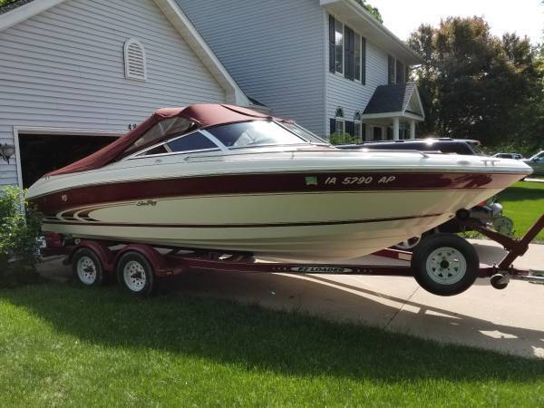NICE 1998 Sea Ray 210 open bow