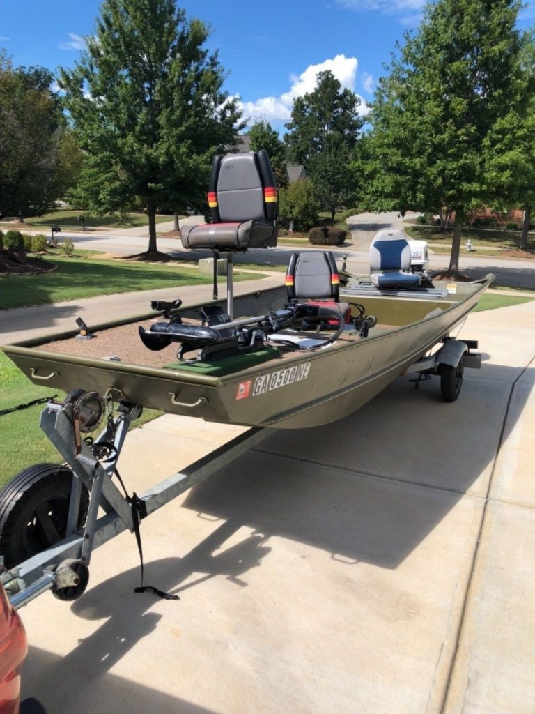 1991 Lowe Big Jon 1648 Fishing boat with 25 hp outboard and trailer