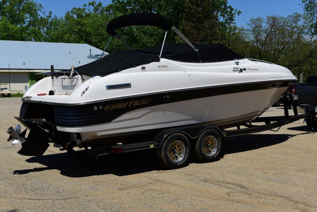 2001 Ebbtide 2300 Sport Cuddy Mystique Cruiser Boat