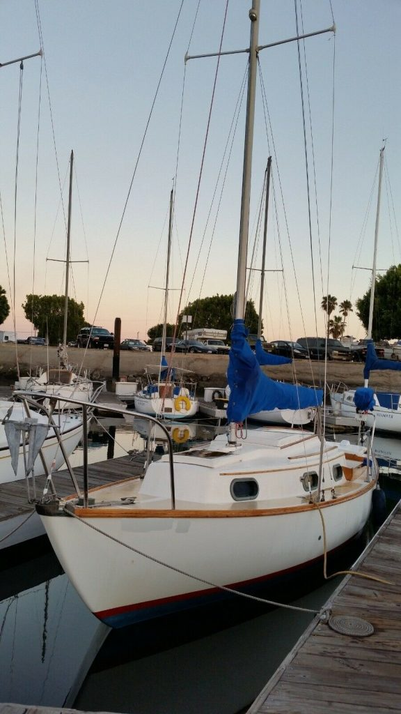 1980 Cape Dory 25 Sailboat